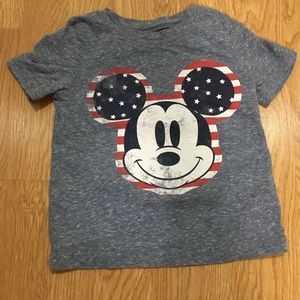 Super cute Mickey Mouse shirt! EUC